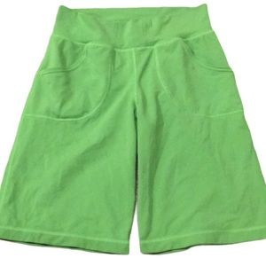 Lululemon green shorts